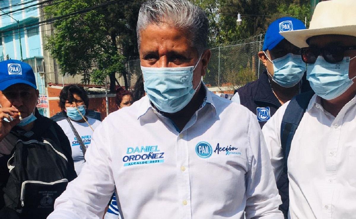 Candidato a alcadía Iztacalco promete programas para personas con capacidades diferentes