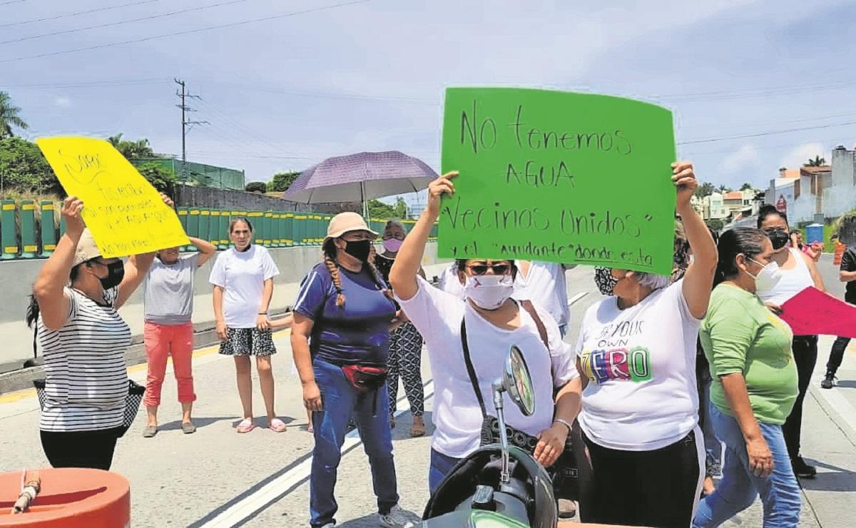 Crisis del agua potable causa bloqueos y protestas en Cuernavaca, Morelos