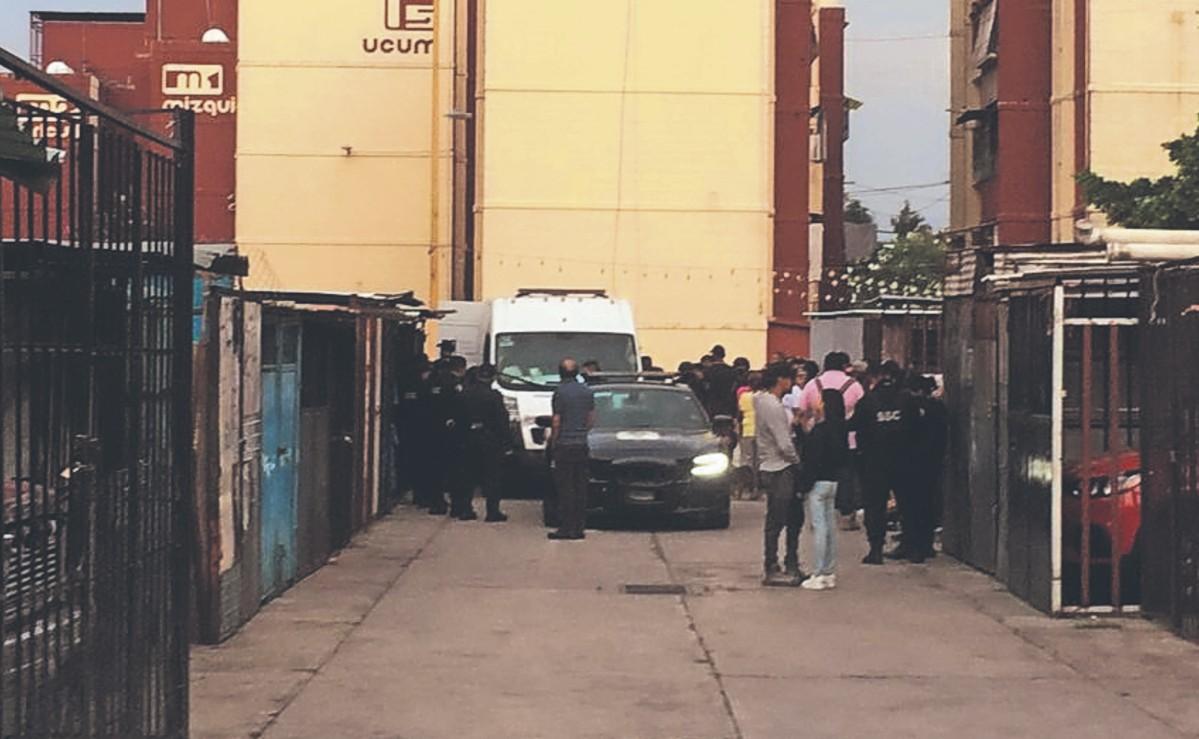 Mamá recibe balazo tras defender a su hijo apuñalado de muerte, en la Ciudad de México
