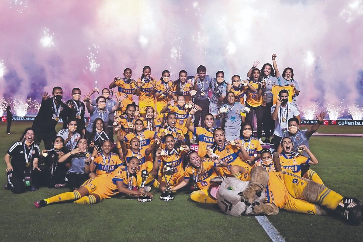 Tigres golea a Chivas y se convierten en las primeras bicampeonas de la Liga Femenil MX