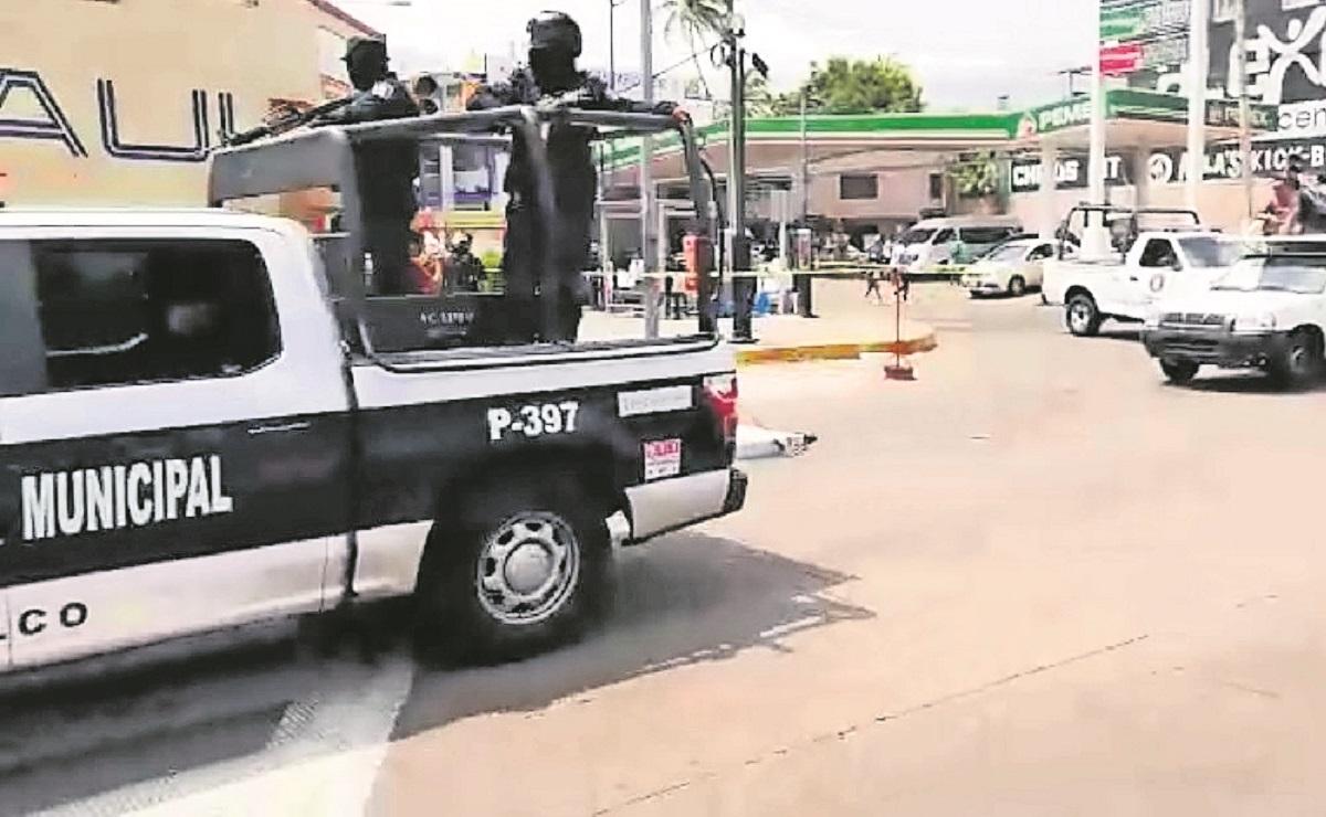 Sujetos disparan contra una mujer en la Costera Miguel Alemán en Acapulco, quedó herida