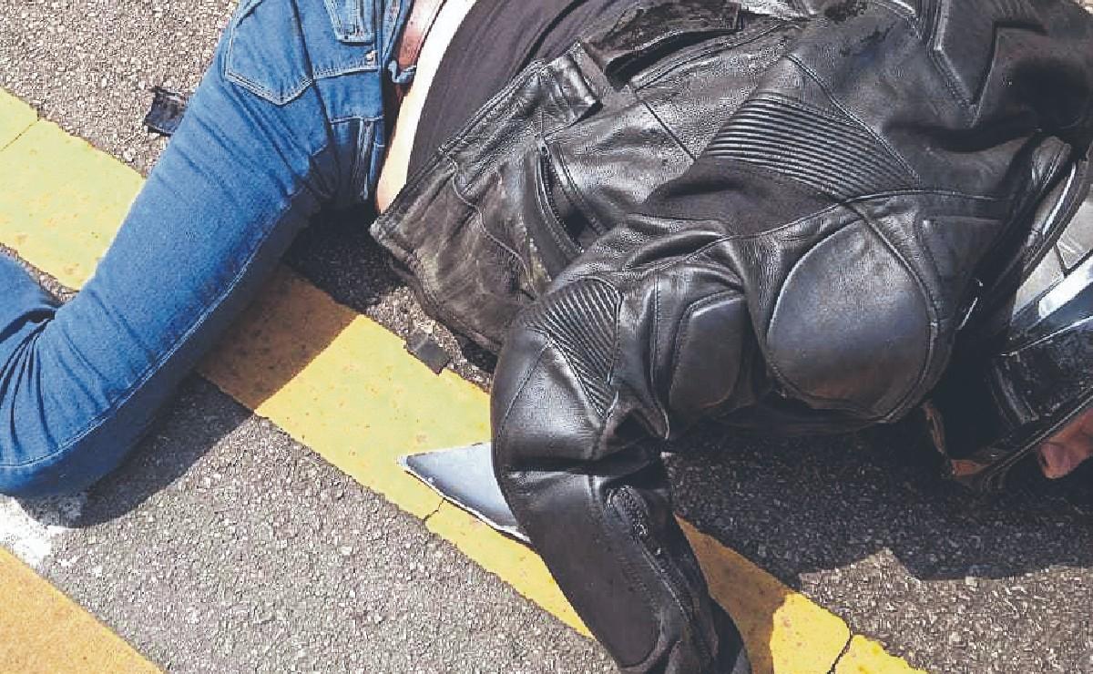 Motociclista se desangra y muere tras amputarse pierna, por choque en Tlalpan