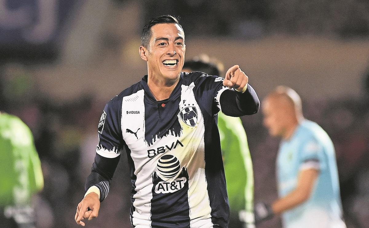 Aprueban que el 'Tata' Marino convoque a Rogelio Funes Mori a la Selección Mexicana