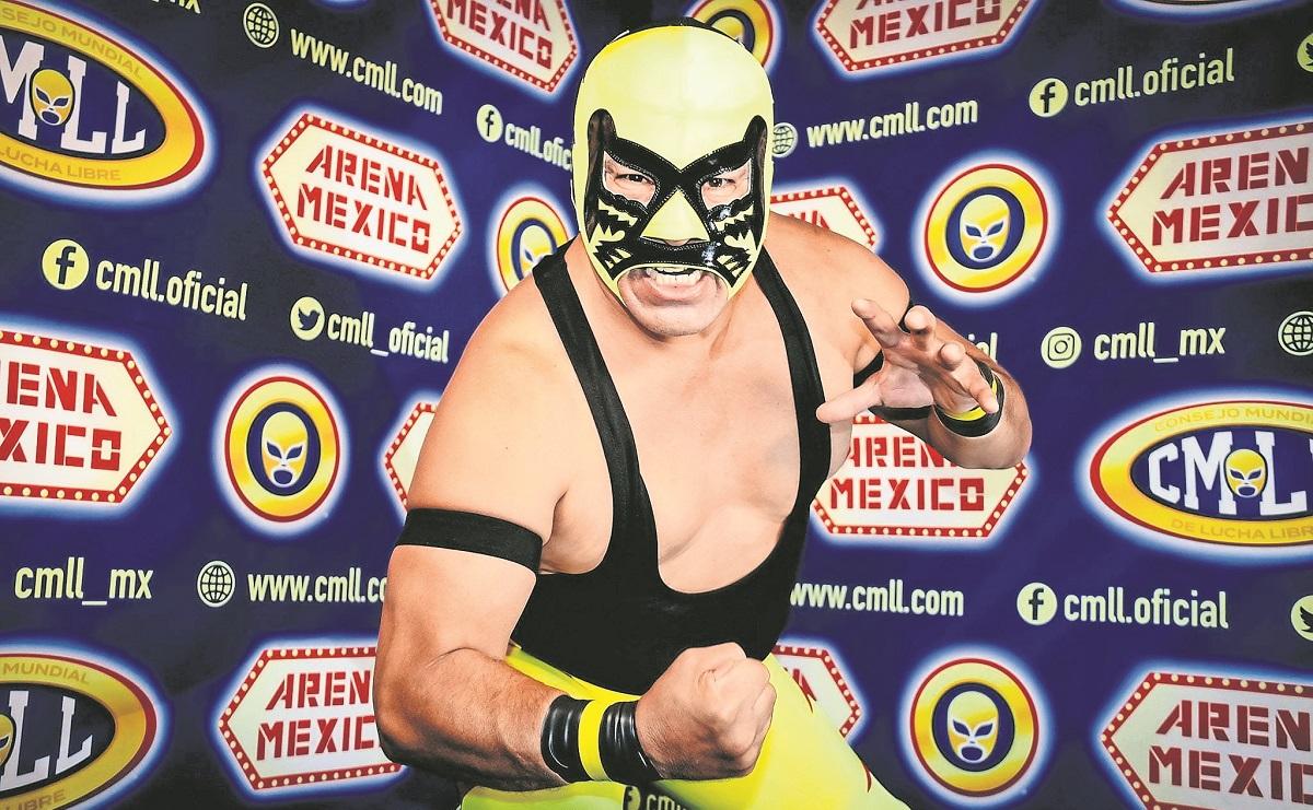 Panterita del Ring deja la rudeza para aliarse con su hijo, en su debut en la Arena México