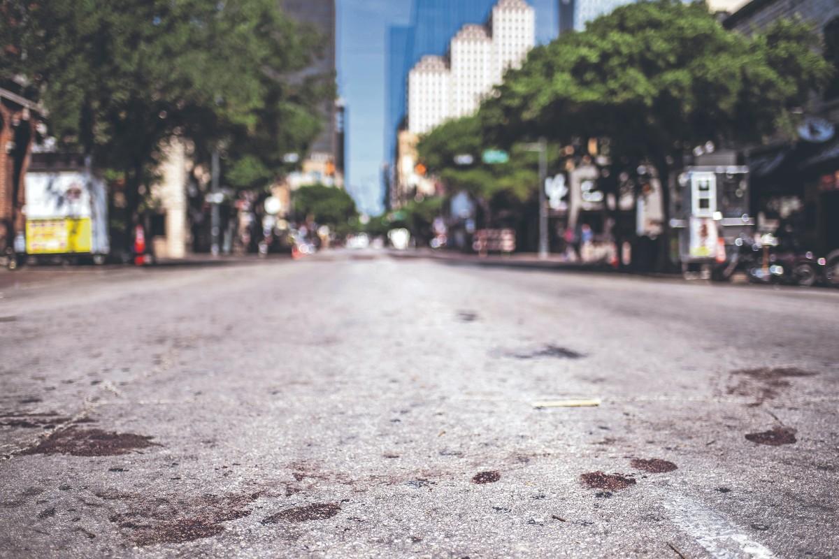 Tiroteo en zona de bares y restaurantes deja al menos 13 personas heridas, en Texas