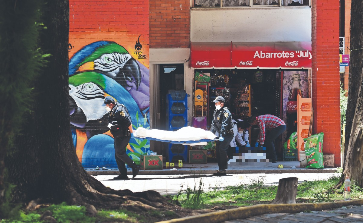 Matan a padre e hijo en Unidad Habitacional de Xochimilco, vendían mariguana hasta en su casa
