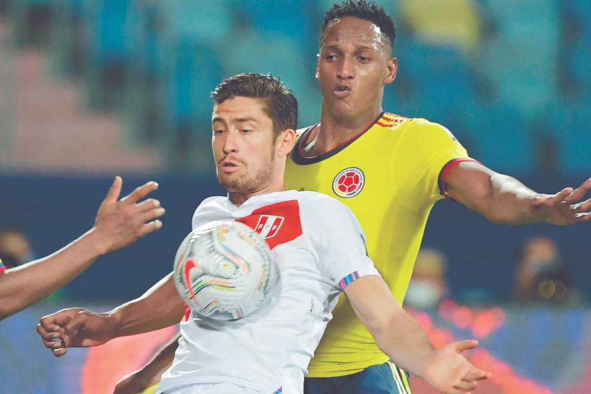 Santiago Ormeño debuta con Perú en la Copa América y ya no podrá jugar con México