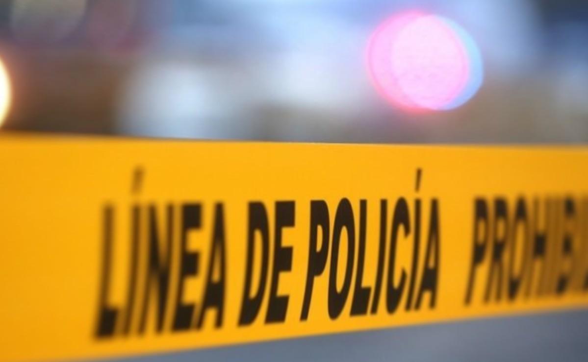 Autos destazan cuerpo de hombre que murió atropellado sobre el Paso Exprés, en Morelos