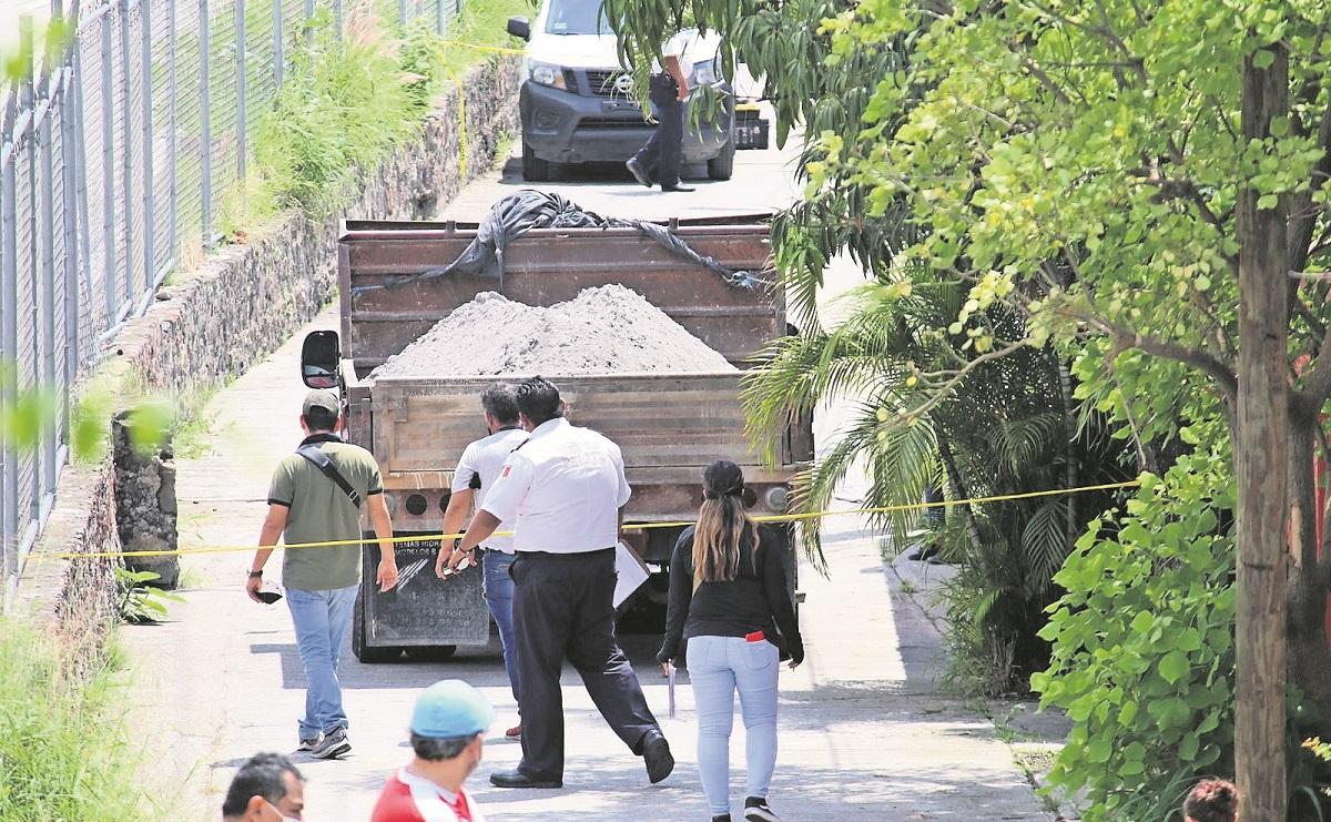 Doña Carmelita murió cuando un camión le pasó encima, mientras barría la calle en Morelos