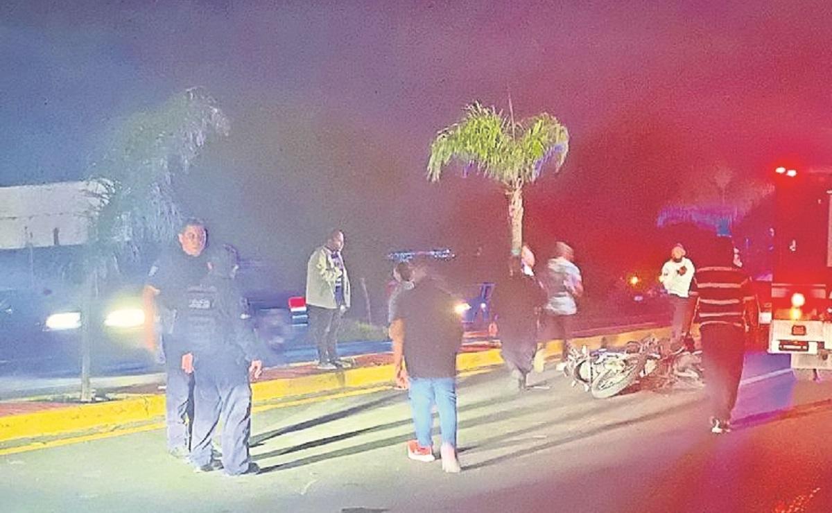 Dos choferes avientan a bikers y hasta a un policía de Tránsito en Morelos
