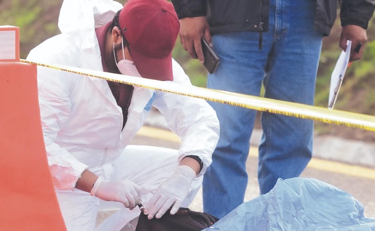 Motociclista termina con las piernas destrozadas tras ser atropellado en la México-Pachuca