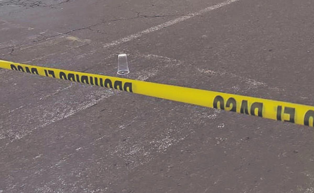 Ejecutan a balazos a joven checador de transporte público en Naucalpan, indagan extorsión