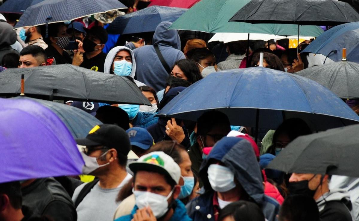 Ciudad de México amanece lluviosa en al menos 5 alcaldías, Metro reporta avance lento