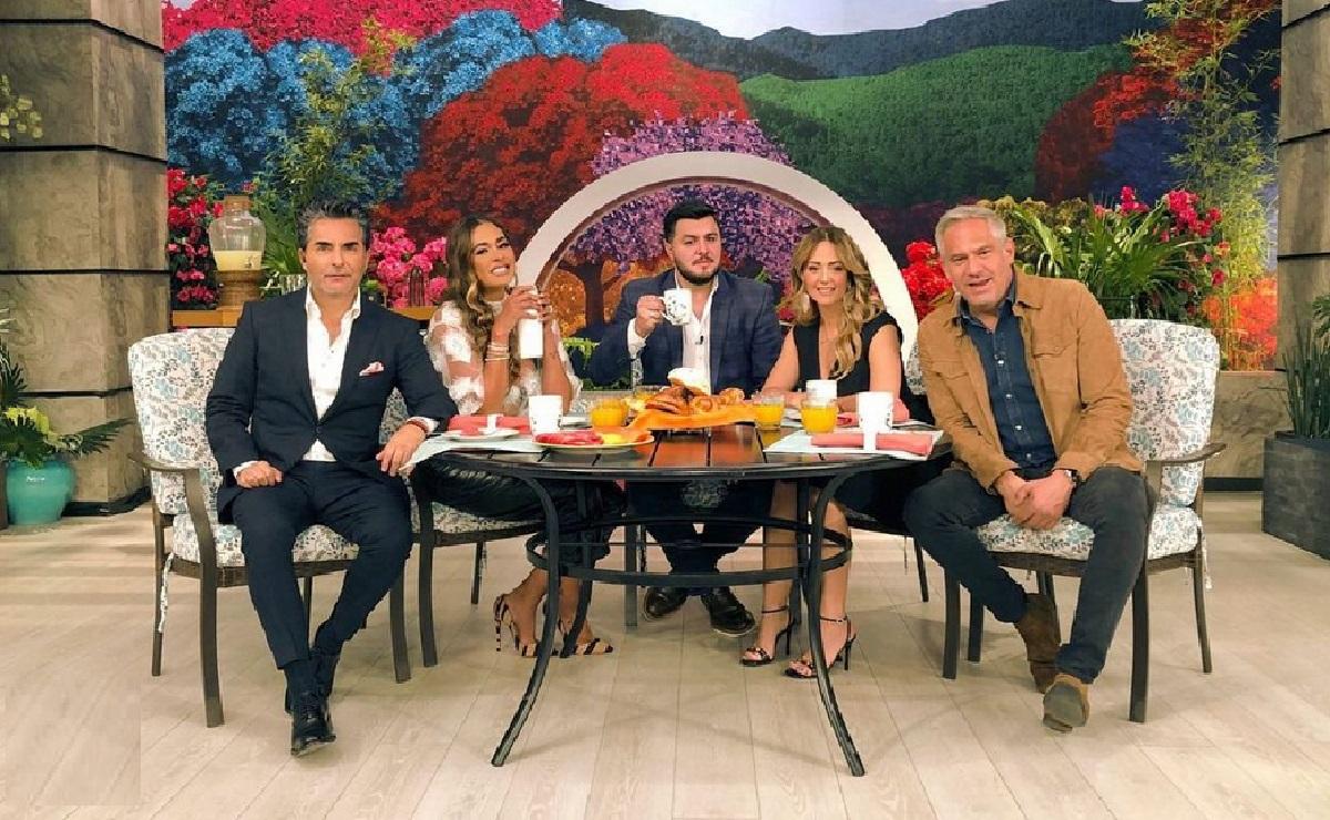 """Andrea Legarreta y Galilea Montijo le dicen adiós a conductora de """"Hoy"""", en pleno programa"""
