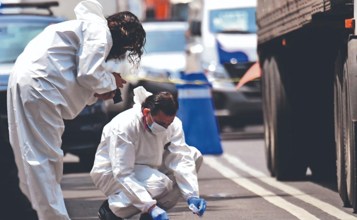 Trailero atropella y mata a niña de 6 años cuando cruzaba la calle con su abuela, en CDMX