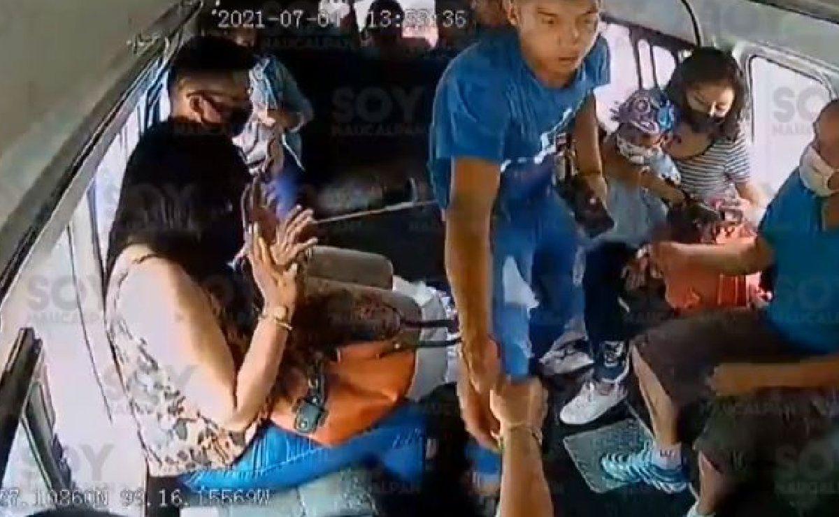 Video capta nuevo asalto a pasajeros en Naucalpan, entre sus víctimas había un niño