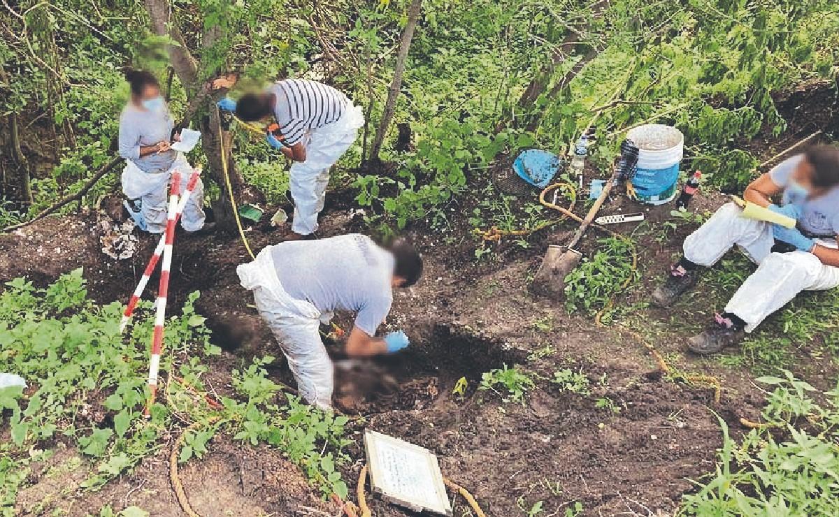 Sacan dos cadáveres de una casa en construcción en Morelos