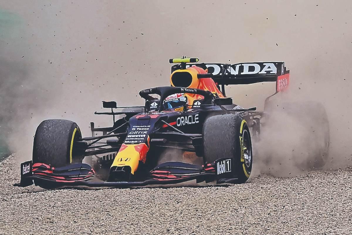 """Sergio """"Checo"""" Pérez finaliza en sexto lugar en GP de Austria, tras penalizaciones"""