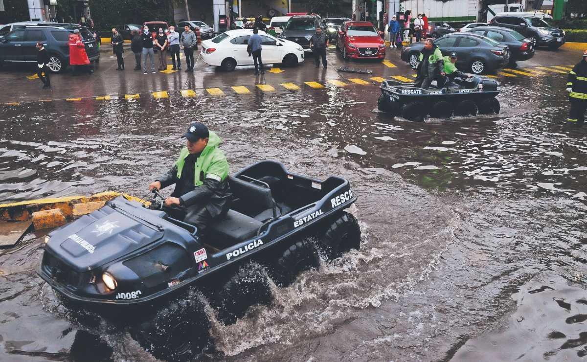 """Lluvia se ensañó con Atizapán, alcaldesa exige que se declare """"zona de desastre natural"""""""
