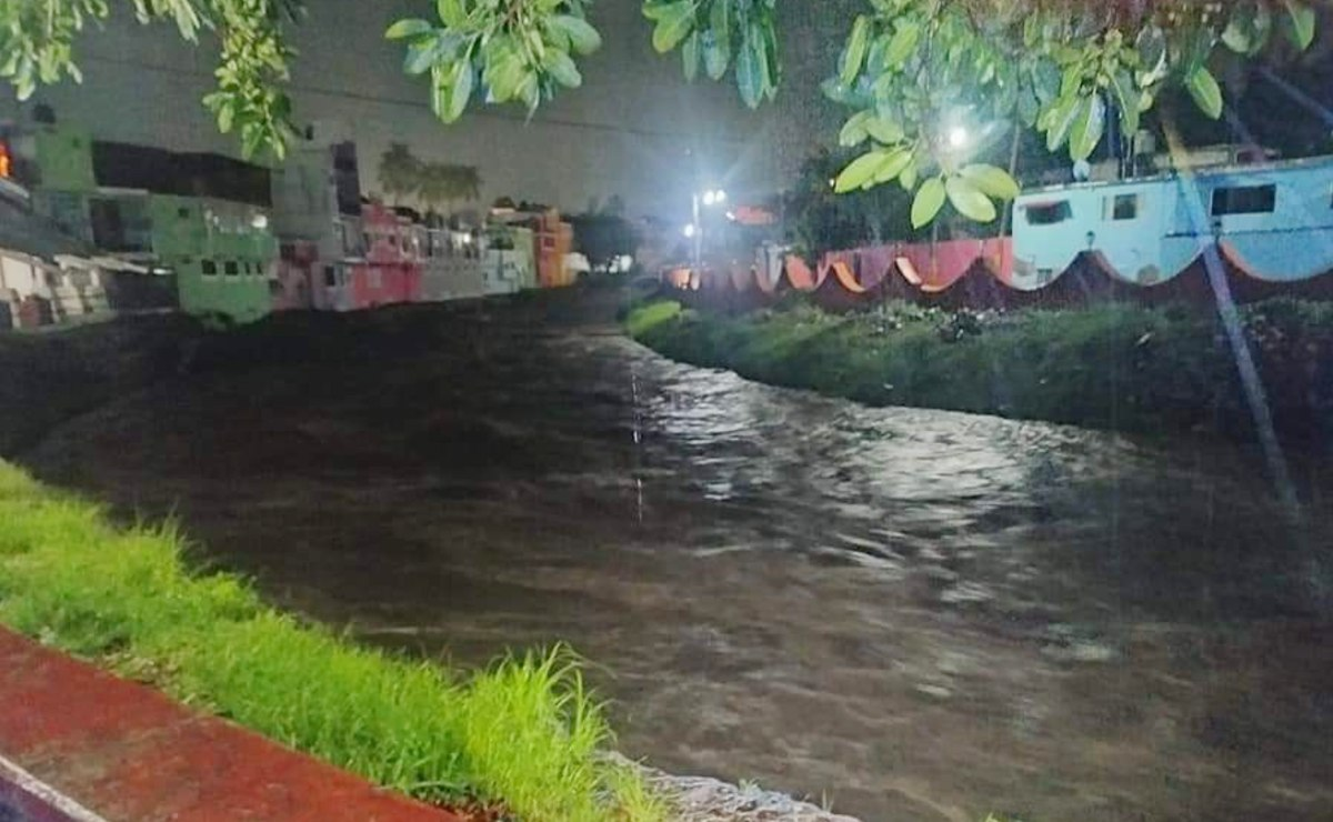 Fuertes lluvias dejan inundaciones en varios municipios de Morelos