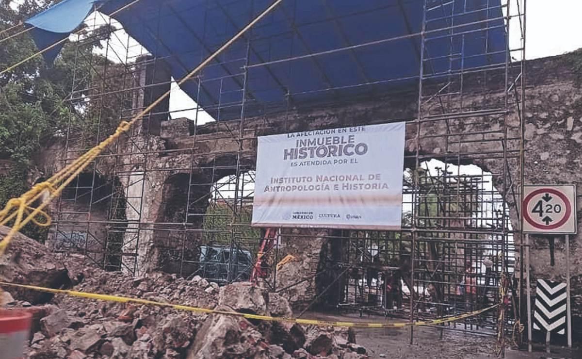 Inician reconstrucción de acueducto dañado por un camión con pesada carga, en Morelos