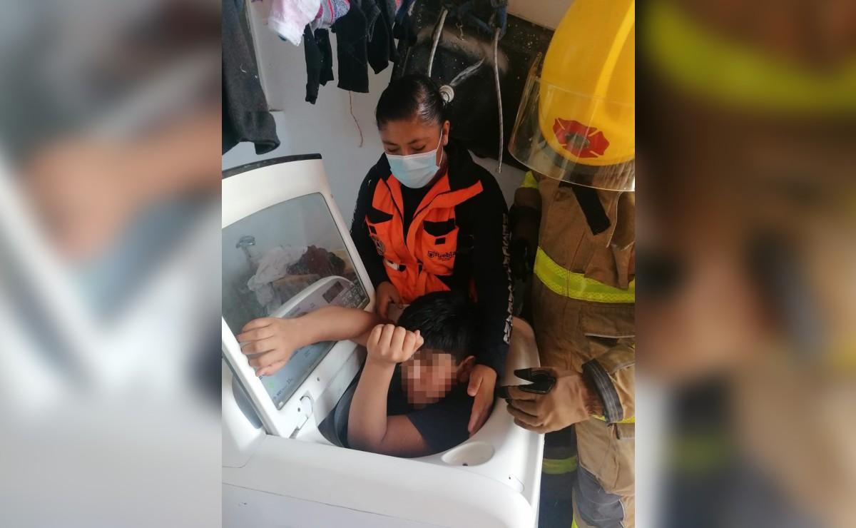 Niño queda atorado en una lavadora en Puebla, familia tuvo que llamar al 911