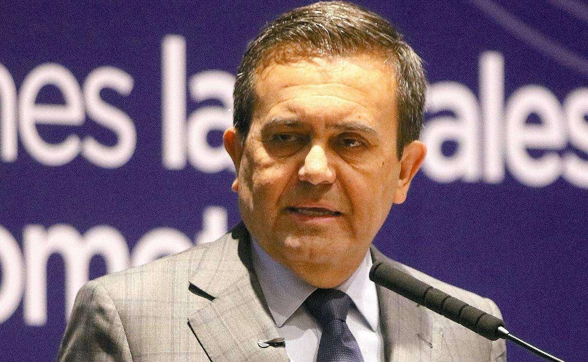 Vinculan a proceso a IIdefonso Guajardo, secretario de Economía de Enrique Peña Nieto