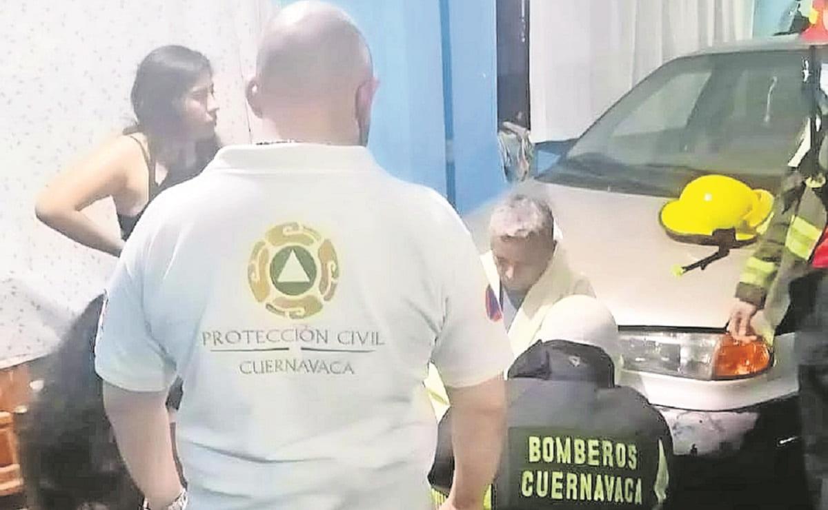Se cae tanque de gas de la azotea y flamazo causa pánico entre los vecinos en Morelos