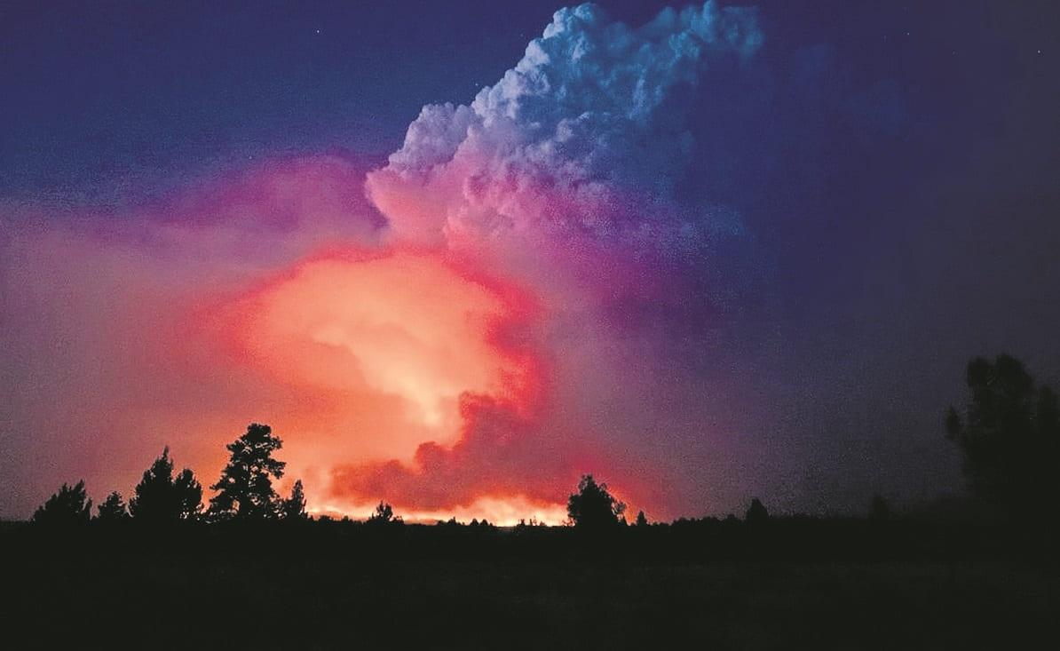 Temen que el incendio Forestal 'Bootleg'  de Oregón siga activo hasta noviembre