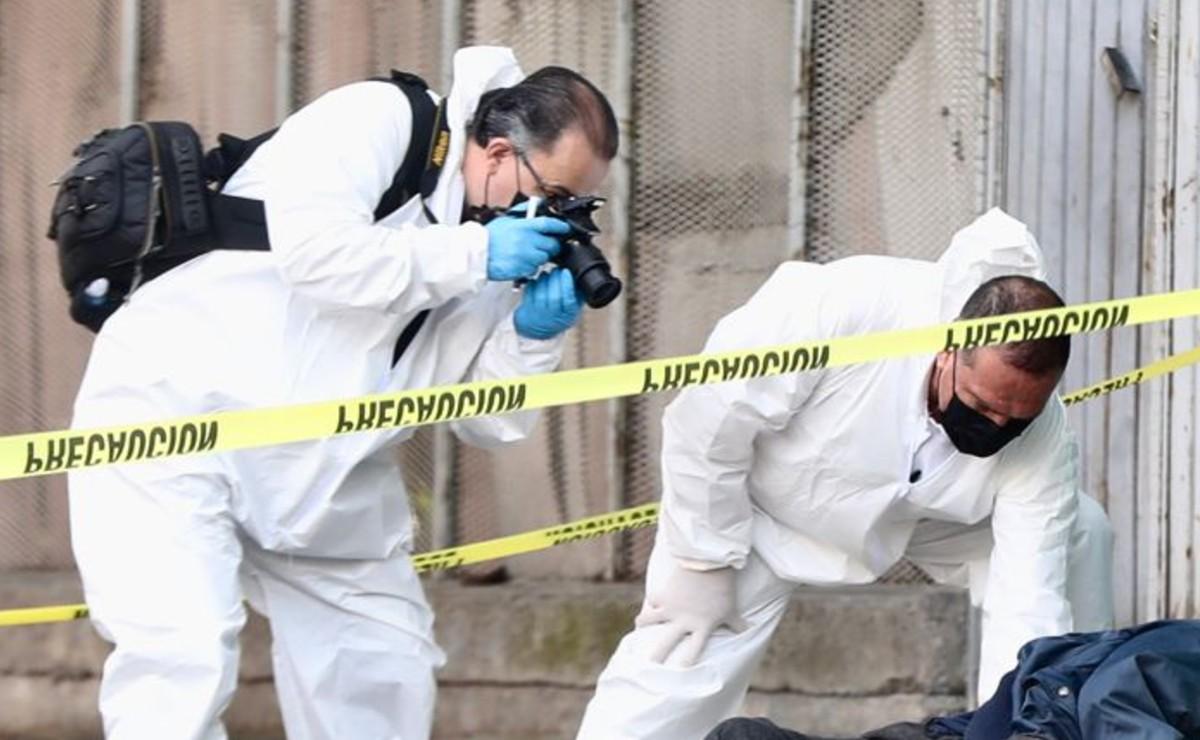 Abandonan cuerpo de hombre con el rostro vendado en calles de la CDMX, lo dejan como momia