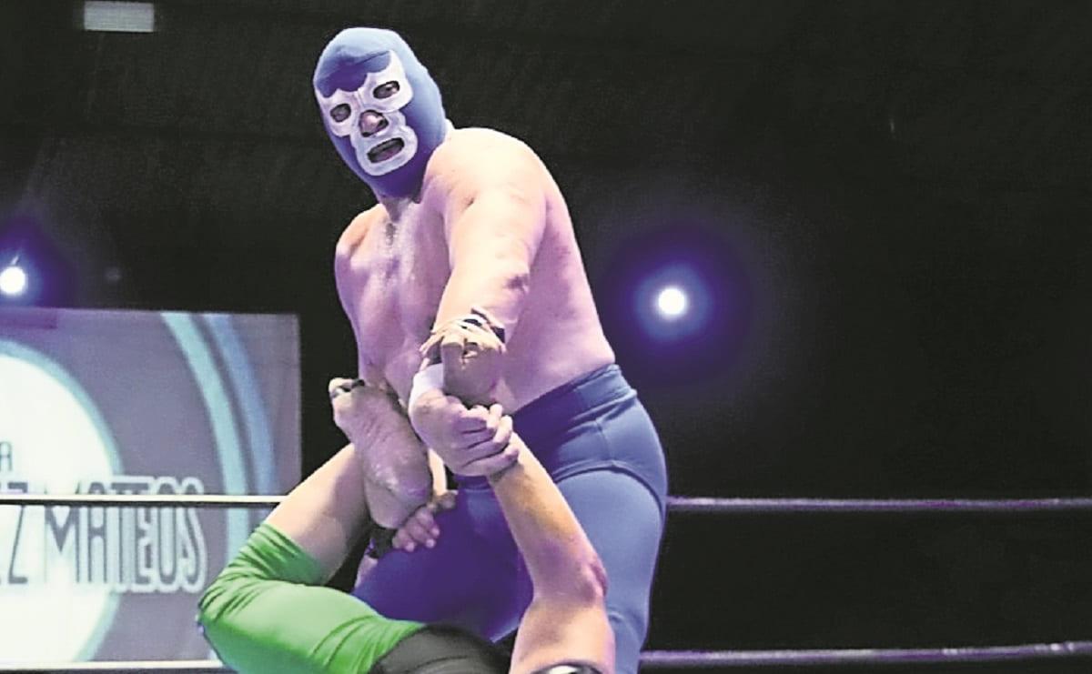 Blue Demon Jr festejó con dos victorias su aniversario 37 en la lucha libre