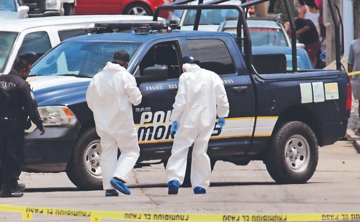 Muere joven en los brazos de su esposa, tras ser atacado con al menos 10 balazos en Morelos