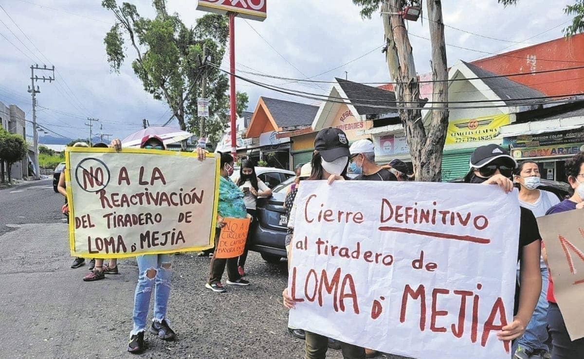 Tras bloquear ingreso al basurero, vecinos exigen su clausura en Cuernavaca