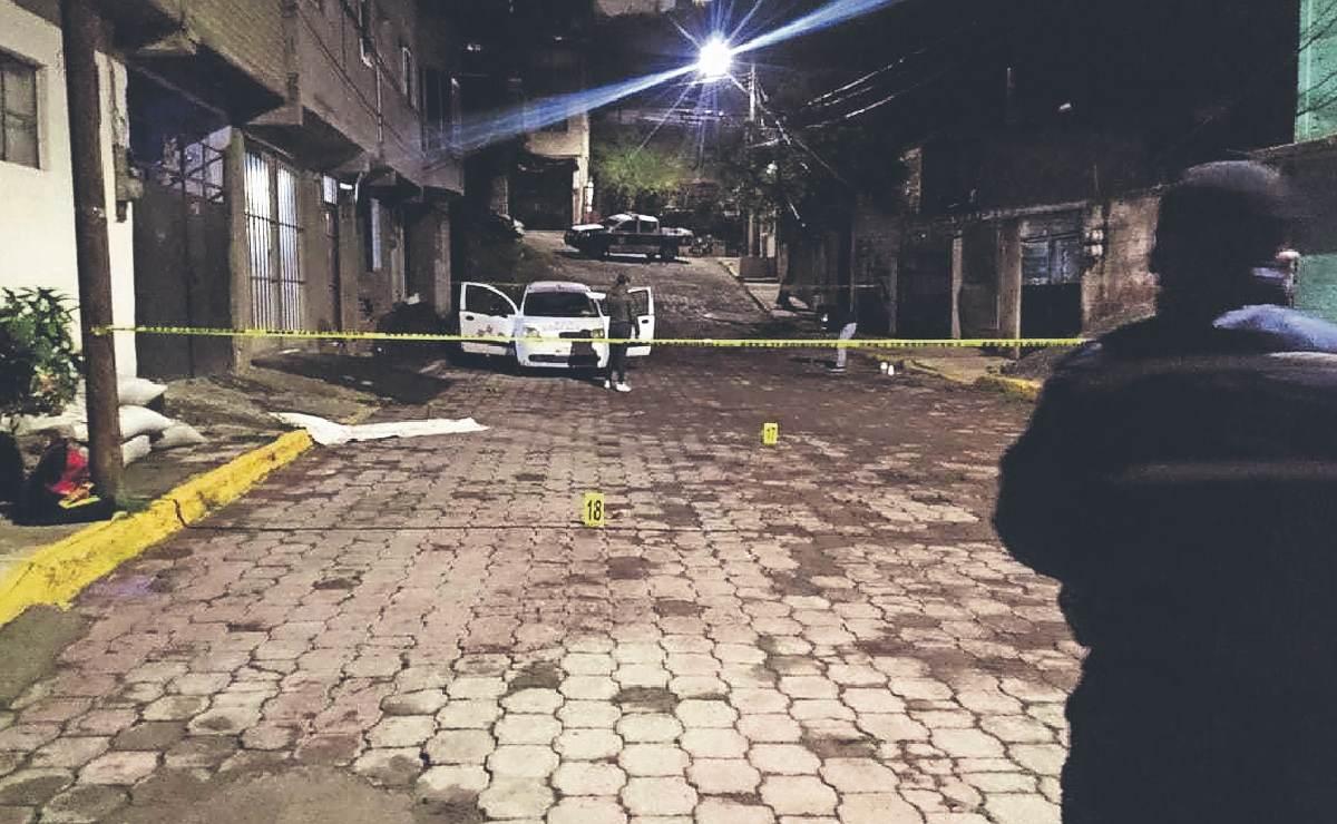 Sicarios prometen más violencia en Edomex, tras dejar cadáver estacionado en Coacalco