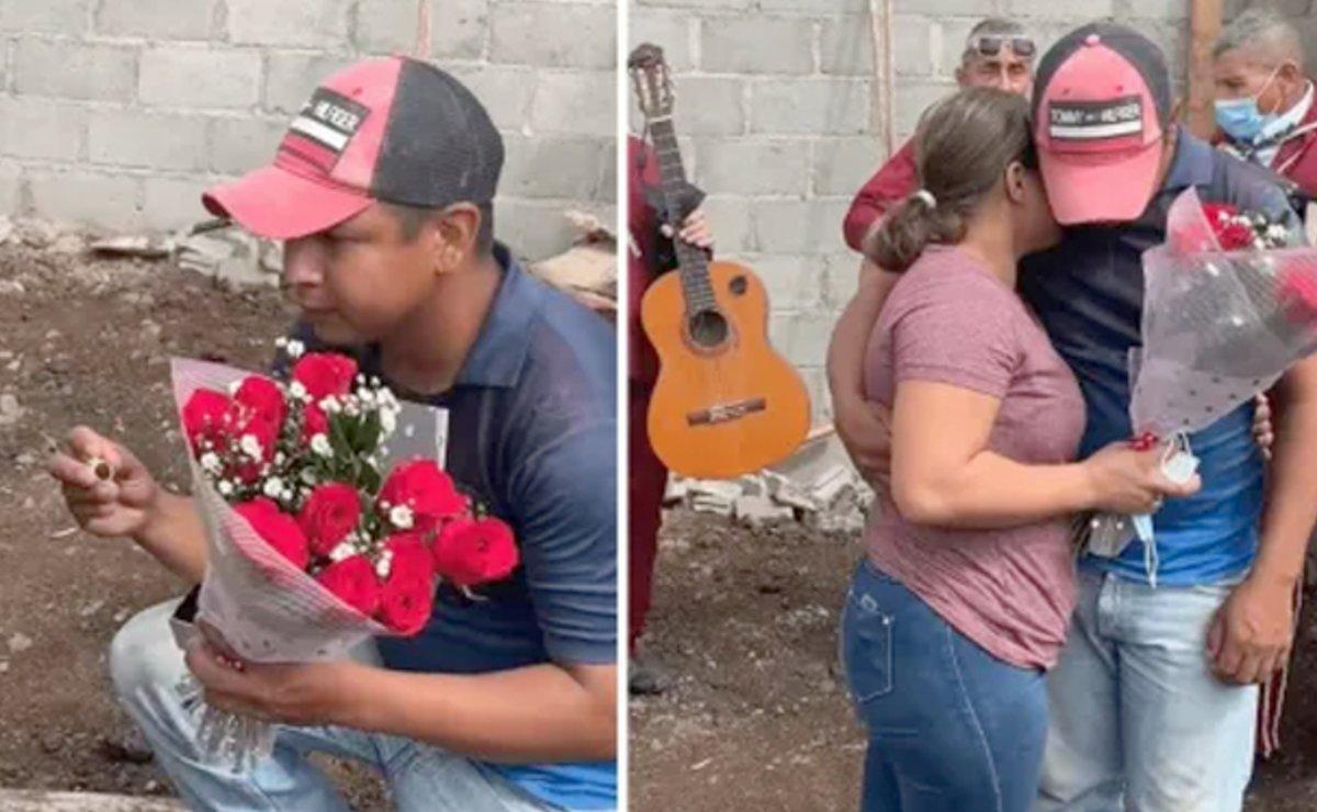 Albañil le propone matrimonio a su amada en la obra y con ayuda de chalanes, en Honduras