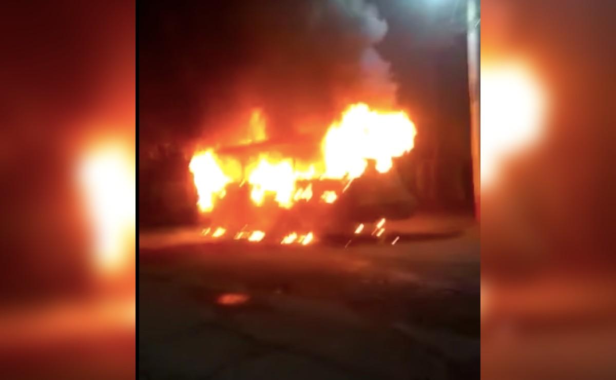 Tras incendio de unidades por extorsionadores, choferes de Ecatepec trabajan con miedo