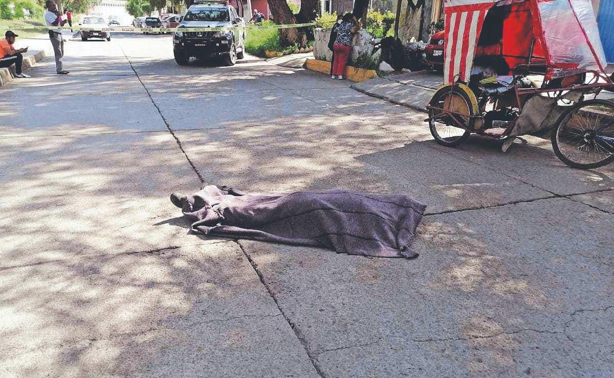 Bicitaxista de Ecatepec muere trabajando, frente a la mirada de sus pasajeros