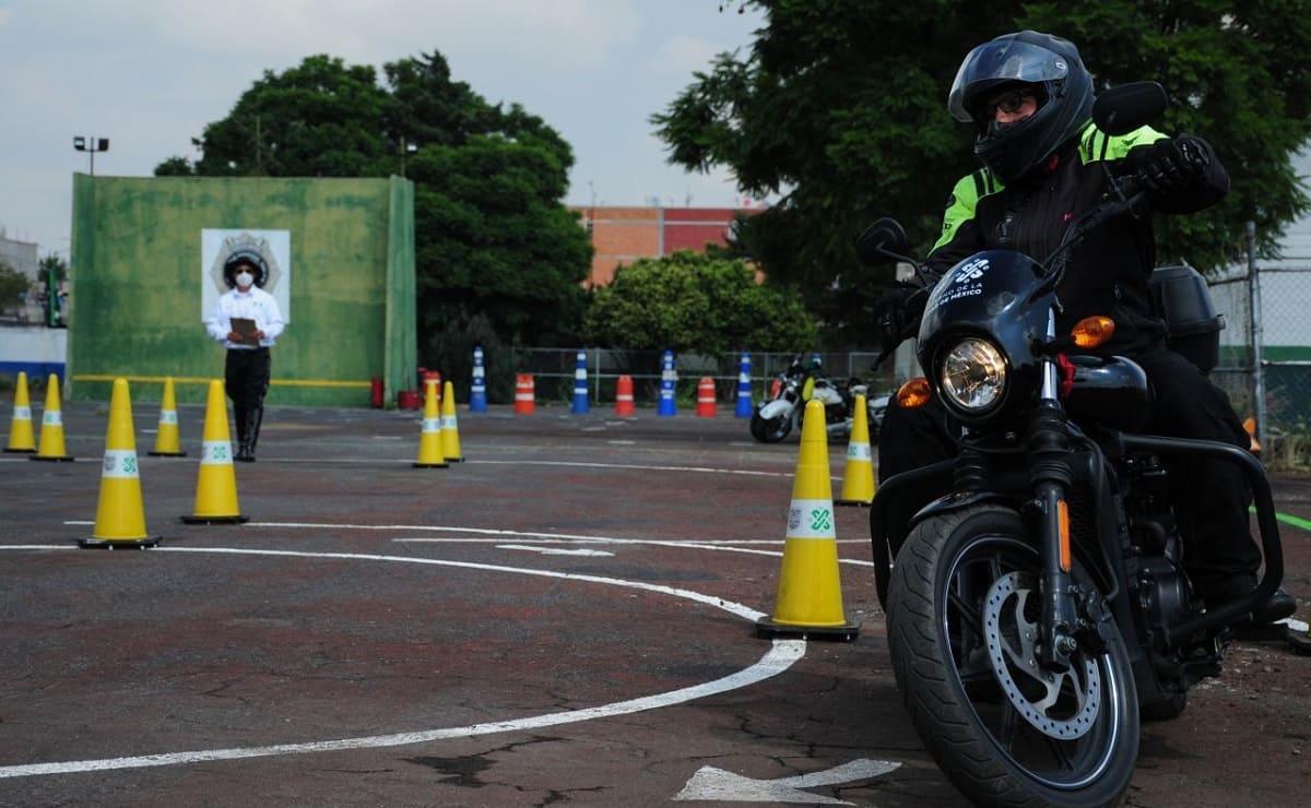 Requisitos para tramitar la licencia de motociclista en CDMX, así son las pruebas