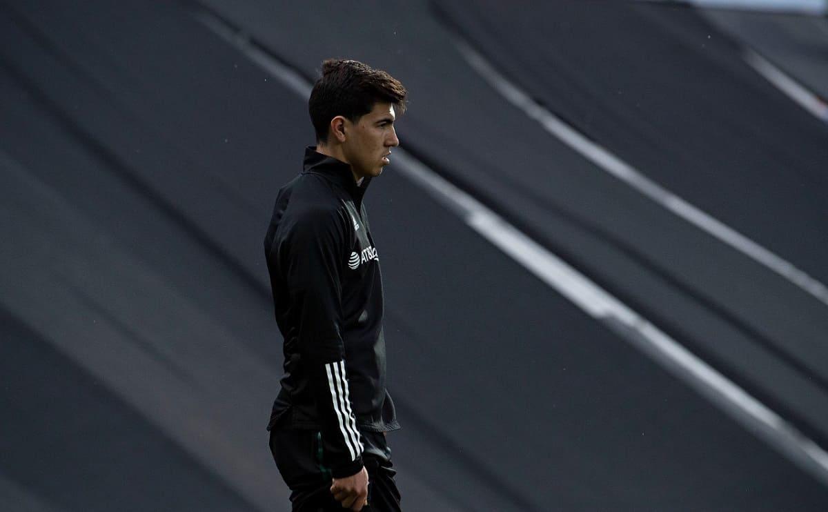 Asaltan al futbolista Érick Gutiérrez en la CDMX, saliendo del aeropuerto