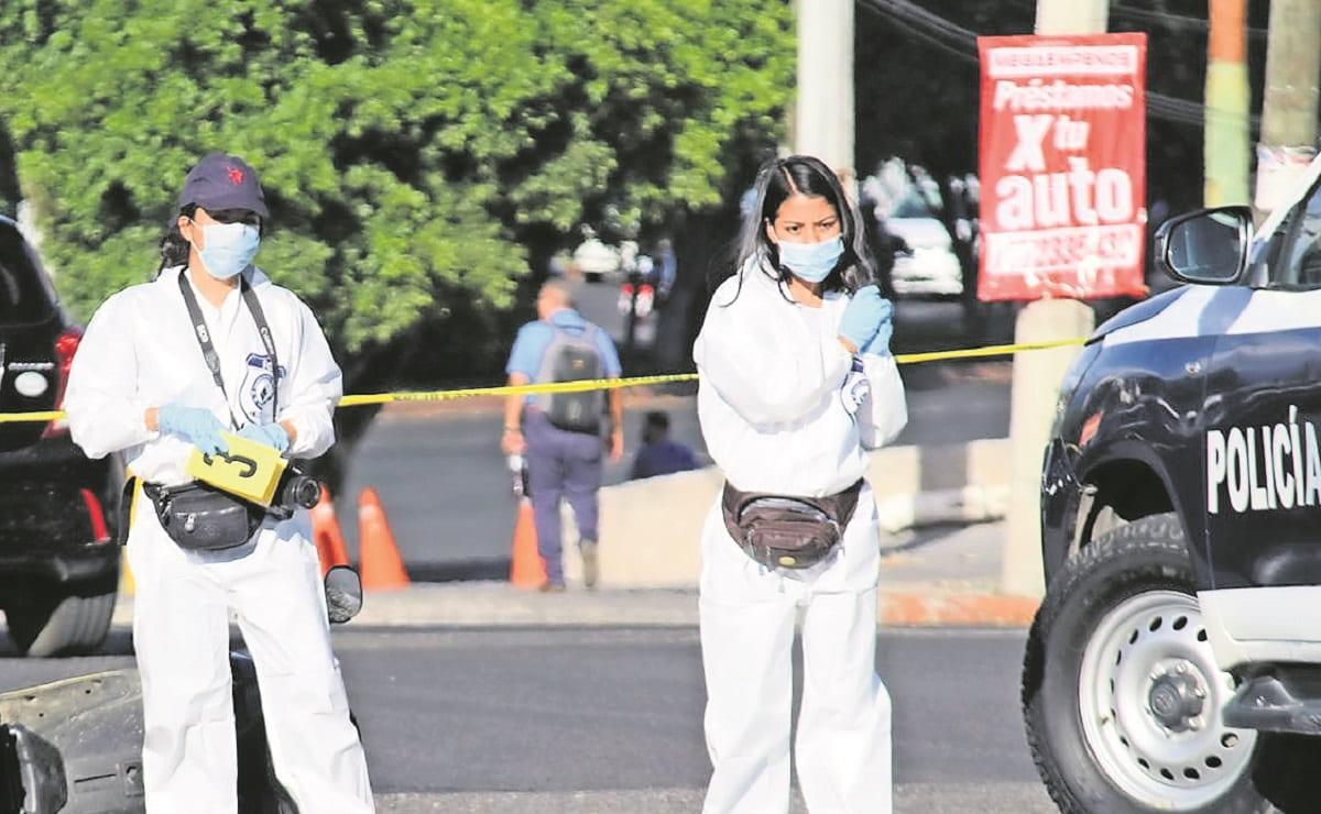 Aunque llevaba casco, motociclista fallece al caer de su vehículo en Morelos