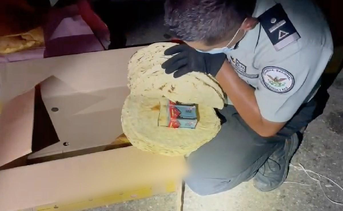 Traficantes ocultan 400 cartuchos útiles dentro de tlayudas y pan de yema, en Oaxaca