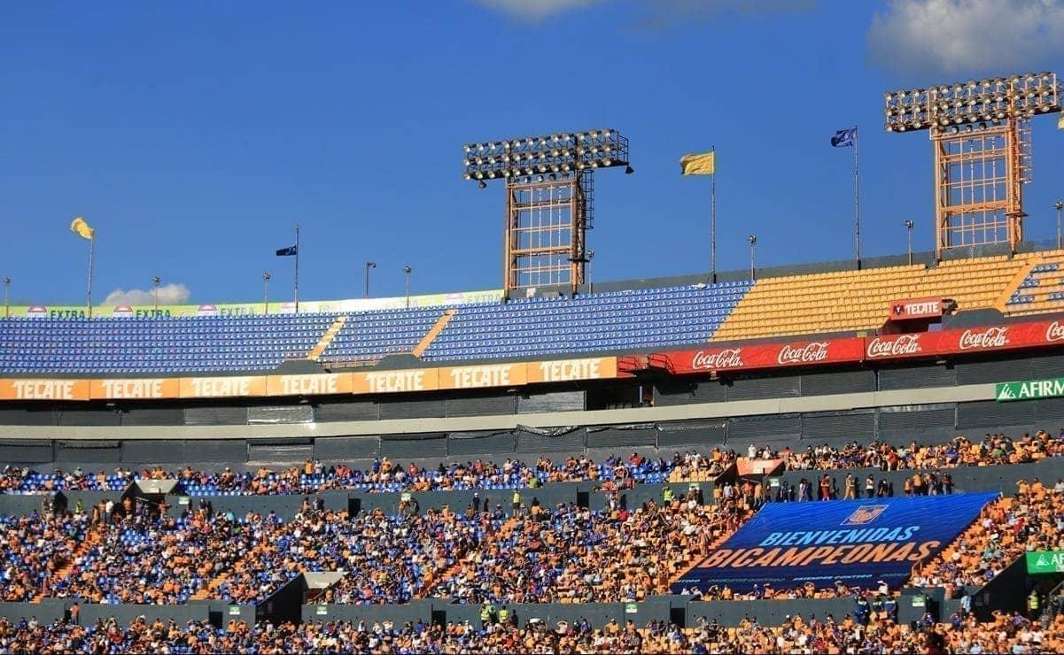 Disminuye aforo en los estadios de Monterrey del 50 al 30 por ciento