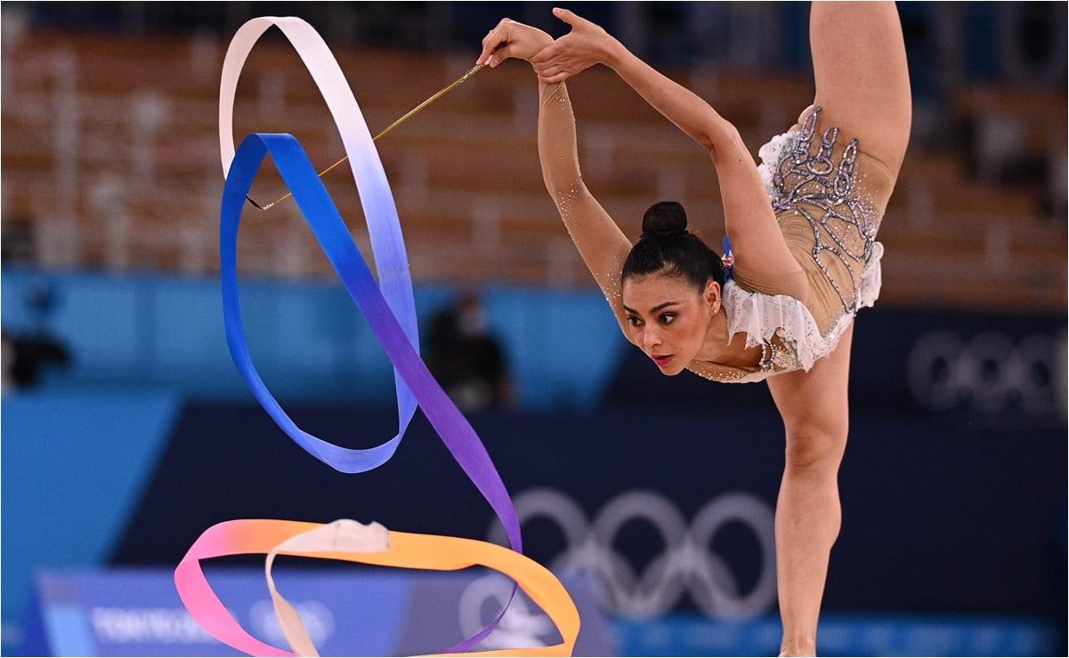 Al ritmo de 'El Triste', Rut Castillo hace histórico debut para México en gimnasia rítmica