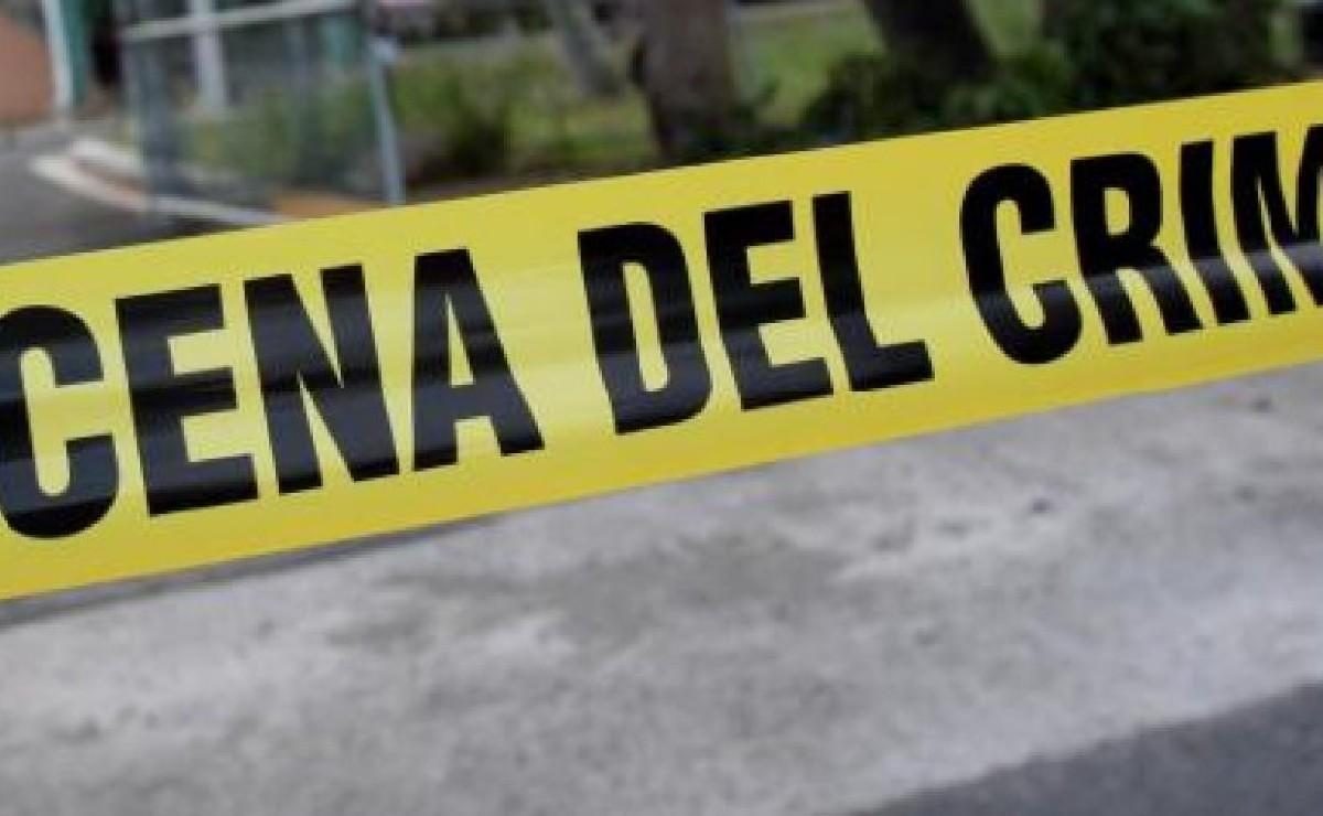 Asesina a cuchilladas y balazos a un hombre cuando iba a su trabajo, en Morelos