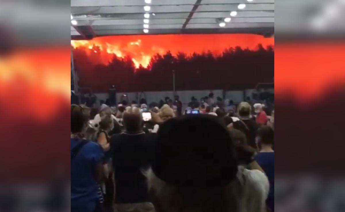 Captan en video dramática evacuación, tras fuerte incendio en Grecia
