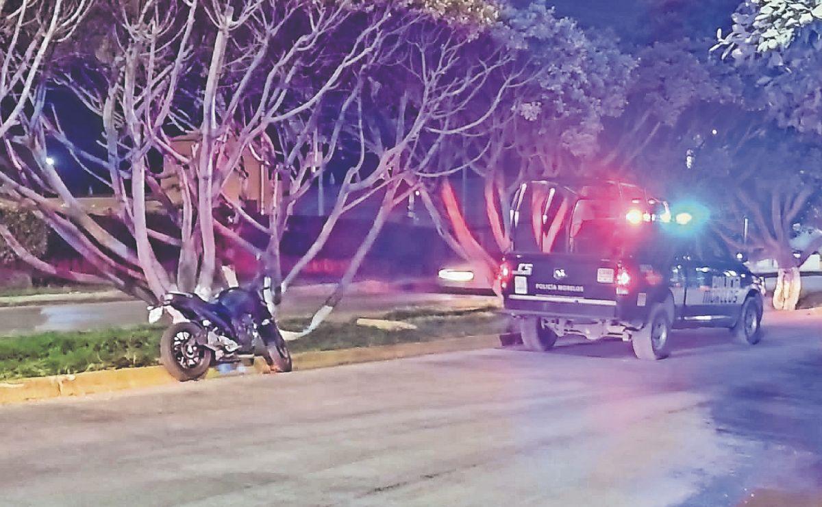 Dan levantón a un motociclista en pleno bulevar, en Cuernavaca