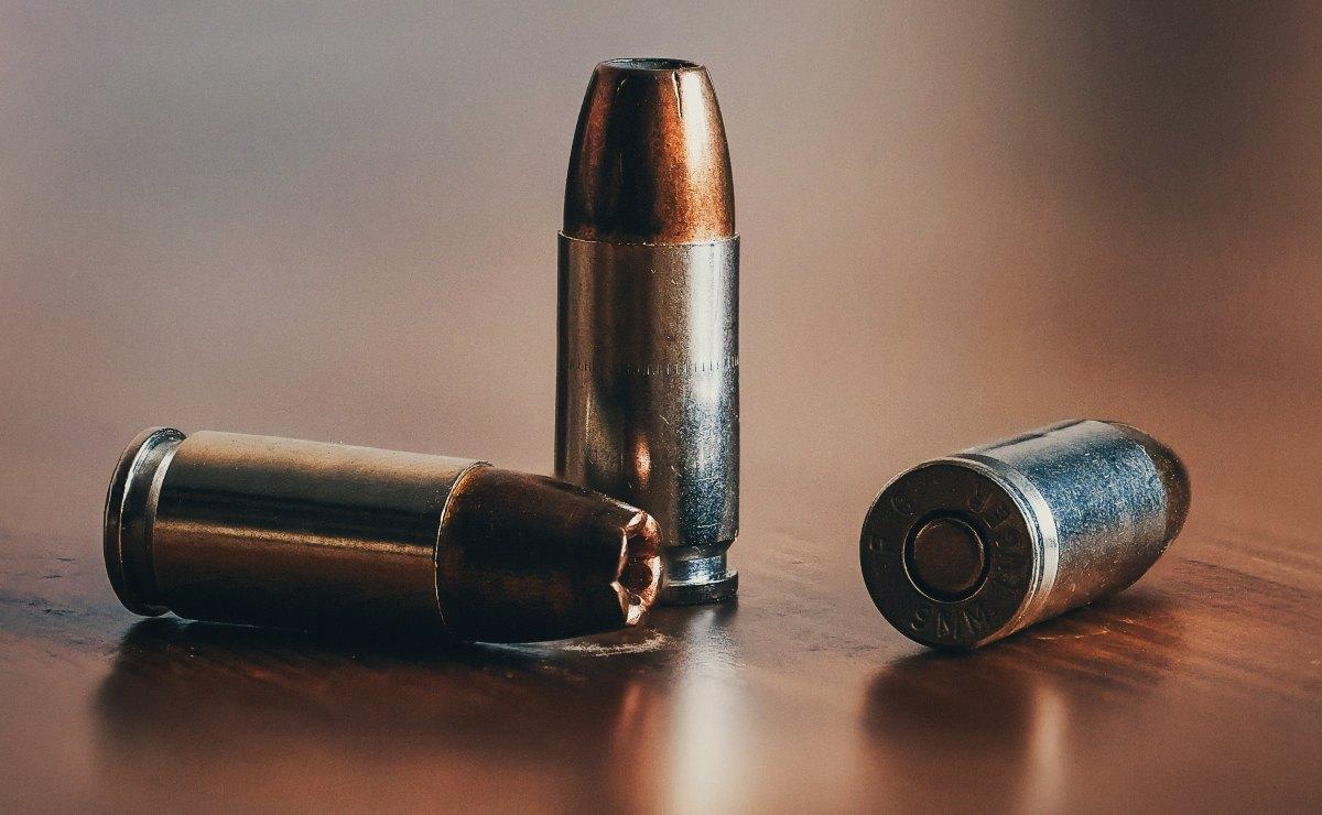 Le perforan la pierna a balazos a un policía durante operativo contra el narco, en CDMX
