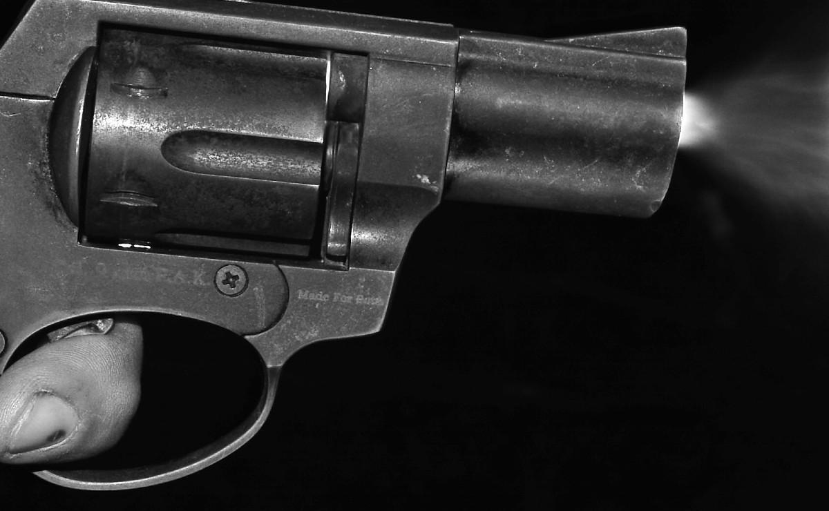 Joven policía se emborracha, presta su pistola y le dan balazo a señora en Tláhuac
