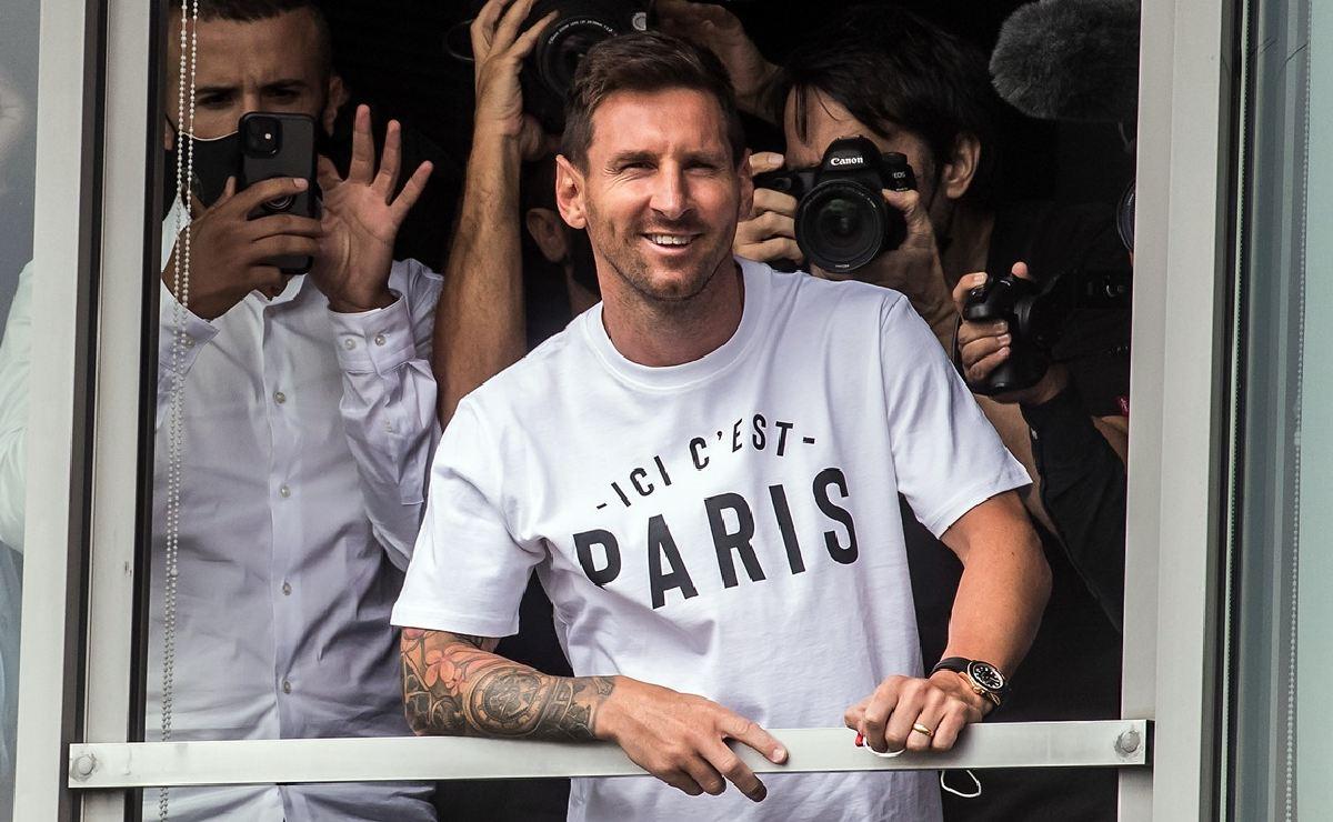 Leo Messi ya está en París, Antonella Roccuzzo y el PSG revelan foto y videos