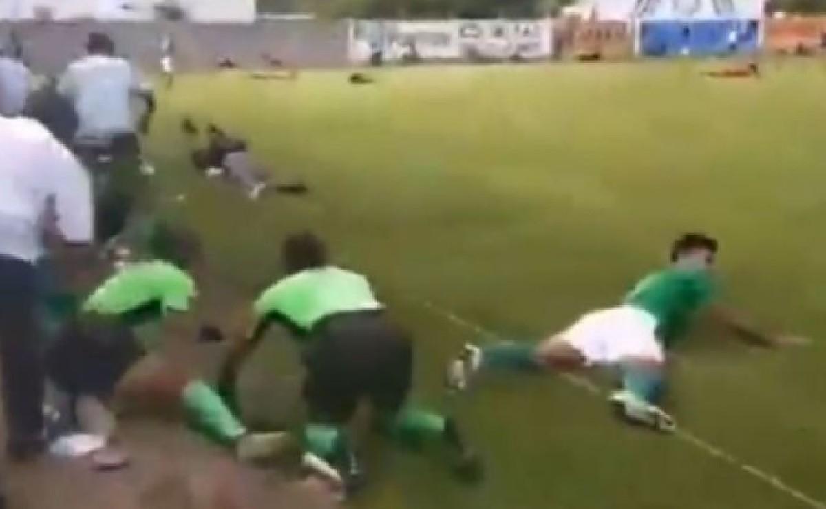 Video capta balacera mortal en partido de futbol en León, Guanajuato